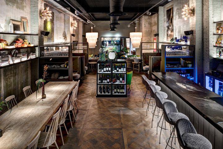 News – Desain interior cafe dengan konsep store yang homy
