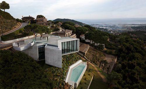 News – Desain Rumah Berbentuk X di Spanyol