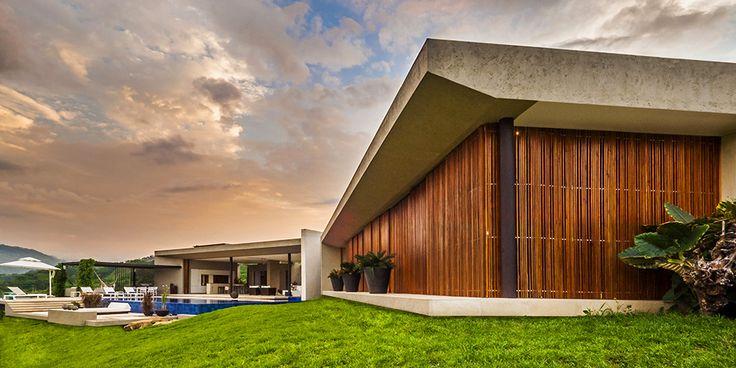 Inspirasi – Desain Rumah Modern Minimalis ini Tanpa Pintu dan Jendela